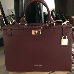 Brand new burgundy Michael Kors crossbag